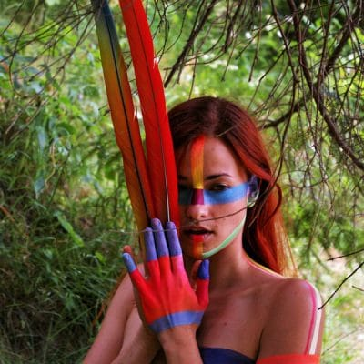 tribal-body-painting-nature-plume-femme